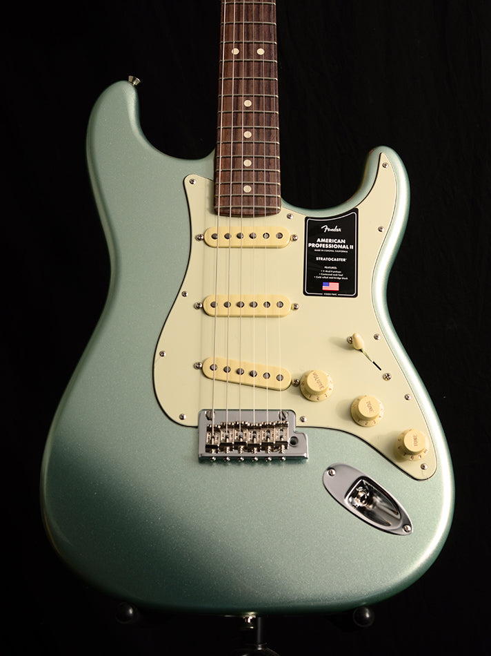 Fender American Professional II Stratocaster Mystic Surf Green
