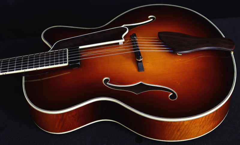 Used Eastman AR810CE Sunburst Archtop-Brian's Guitars
