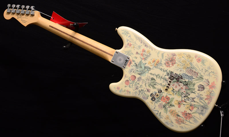 Fender Shawn Mendes Foundation Musicmaster Floral