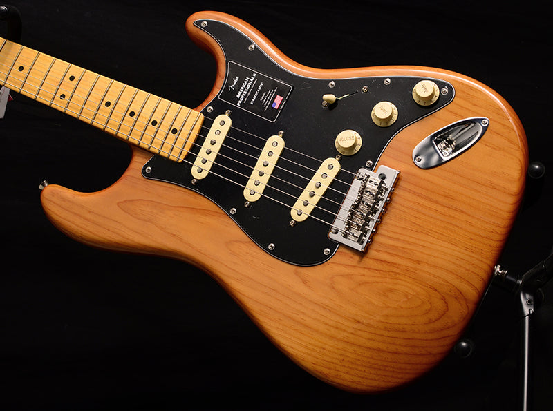 Fender American Professional II Stratocaster Roasted Pine