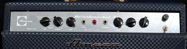 Used 1966 Ampeg ReverbeRocket 2