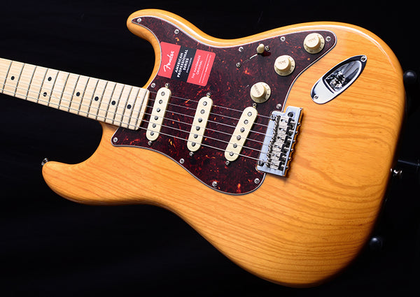 Fender American Professional Stratocaster Aged Natural Limited