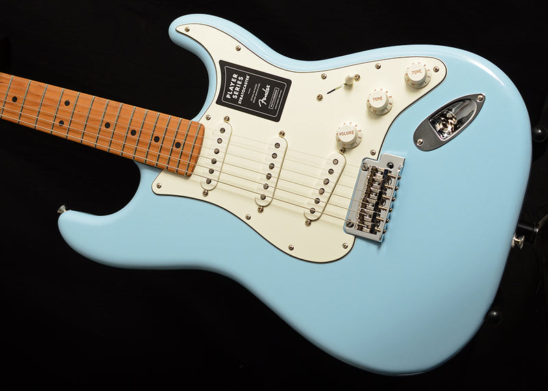 Fender Limited Edition Player Stratocaster Sonic Blue with Roasted Maple Neck
