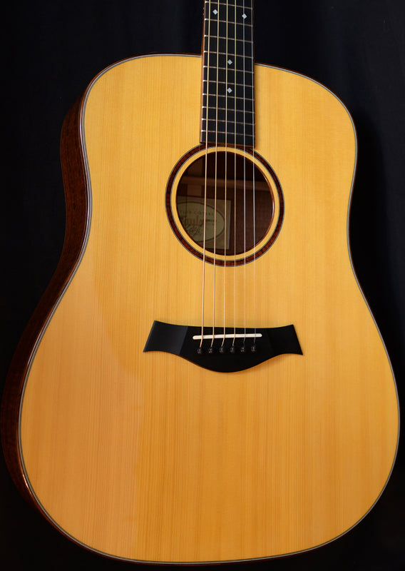 Used Taylor BTO Custom DN Figured Sapele-Brian's Guitars