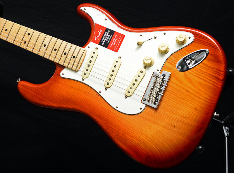 American Professional Stratocaster Sienna Burst-Electric Guitars-Brian's Guitars