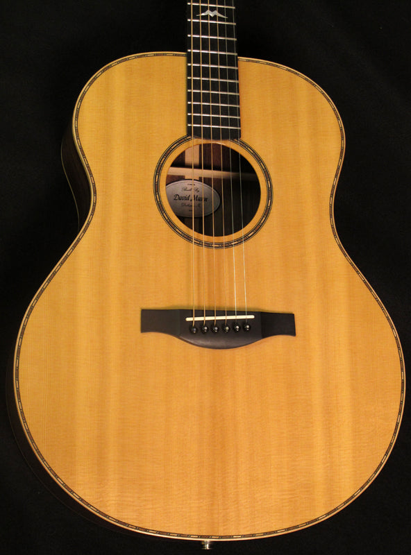 Used David Munn Small Jumbo Acoustic-Brian's Guitars