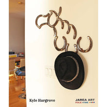 Load image into Gallery viewer, Horseshoe Horse Head with Three Hooks