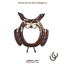 Load image into Gallery viewer, Horseshoe Owl Sculpture