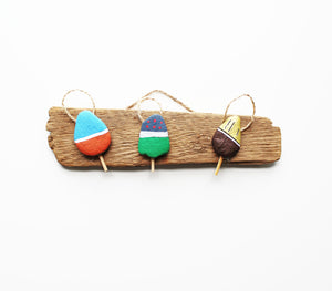 Driftwood & Rock Sculpture - Lobster Floats (Blue/Gray/Gold)
