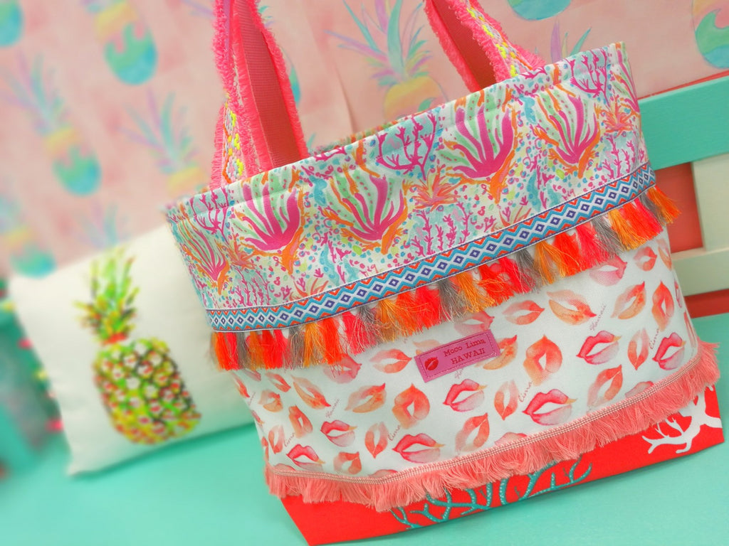 Big Lip Tote