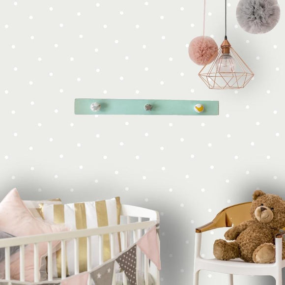 Kids coat hanger - 3 knobs