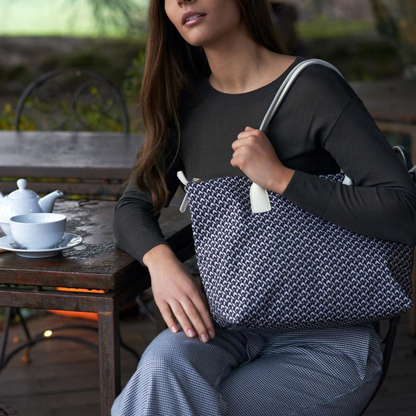 Tatami Tote - Supergrey with White