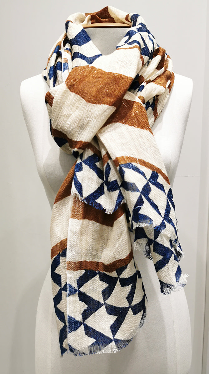 Arrows Blue Linen Scarf