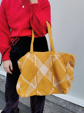 Load image into Gallery viewer, Yvonne Tote Leather Bag - Gold