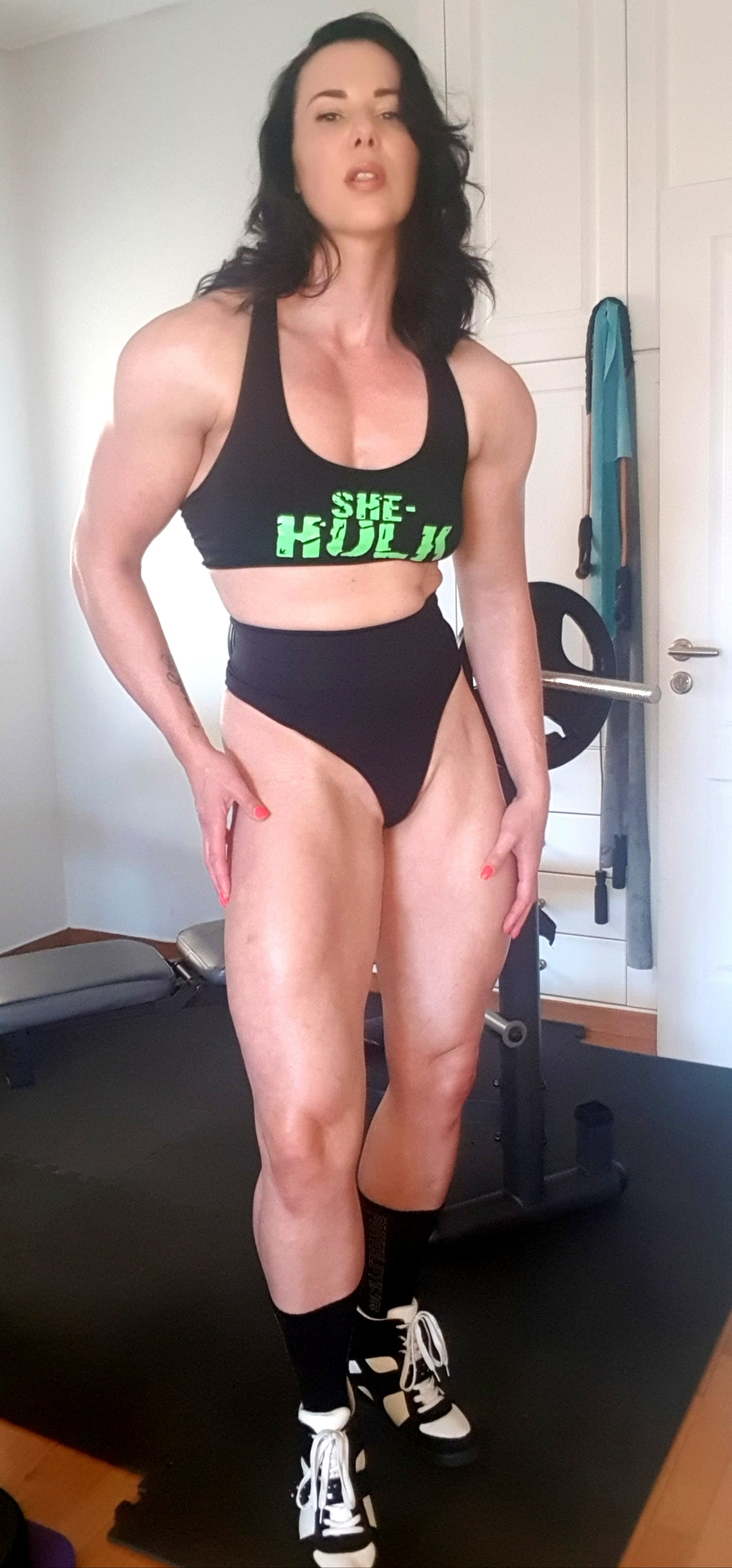 female bodybuilder Maria Wattel