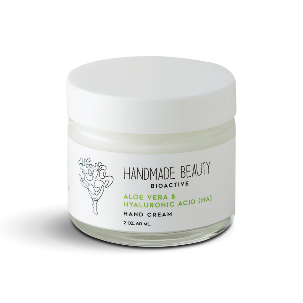 Aloe Vera & Hyaluronic Acid Hand Cream 2 oz (60 ML) - Handmade Beauty Body Babassu Body Oil The aromatic blend of nutrient-rich oils infused with fragrant botanicals is fast absorbing, leaving your skin glowing but not greasy. Our body gloss can be used on the skin, hair and in your bath. Nourishing Directions: Use on body and hair. Not intended for internal use. INCI: Attalea Speciose (Babassu Oil), Prunus Dulcis (Almond Oil), Vitis Vinifera (Grapeseed Oil), Globe Amaranth, Helichrysum italicum G. Don (Imm