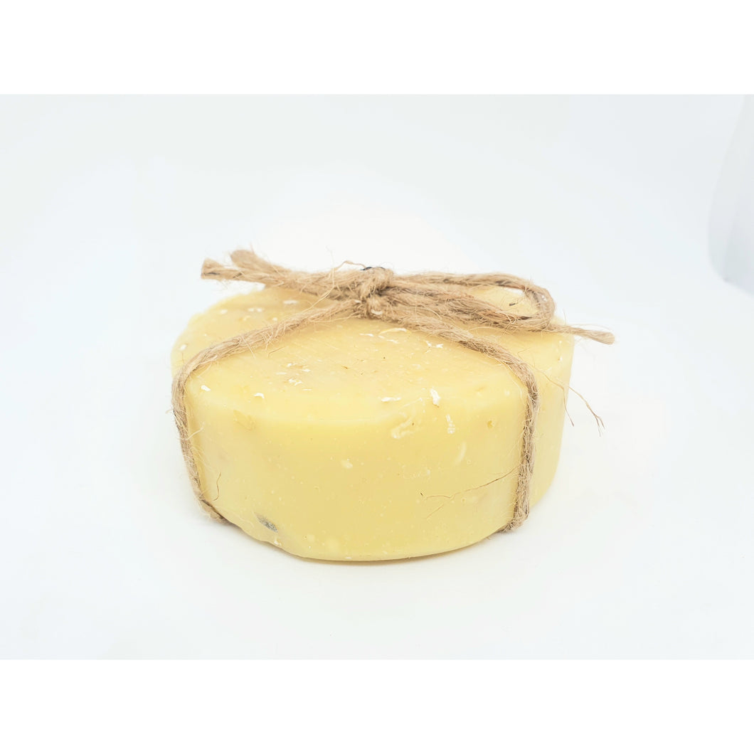 Honey & Oatmeal Goat Soap - great for sensitive skin - Luxelunafaceandbody