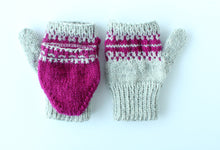 Load image into Gallery viewer, Saleha Convertible Gloves - Knitting Pattern