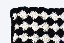 Load image into Gallery viewer, Sofie's Throw - Crochet Pattern