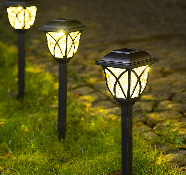 solar-powered-garden-lights