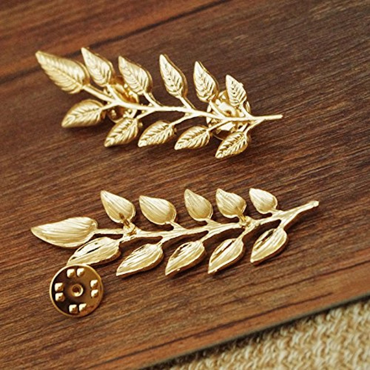 Leaves Collar Brooch Pins (Antic Golden)
