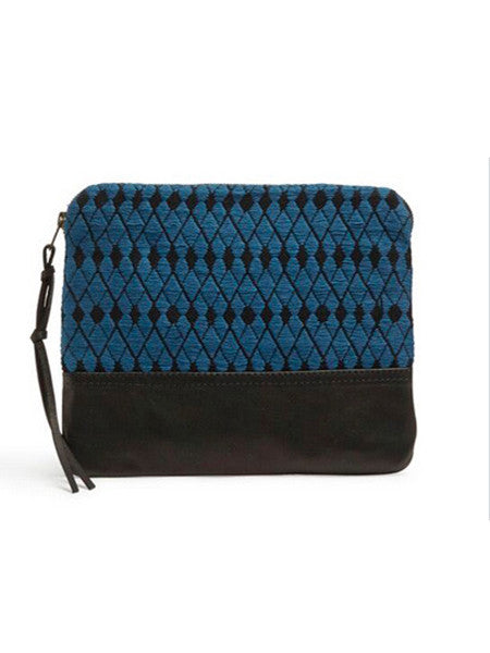 Mercado Global - Hand Woven clutch