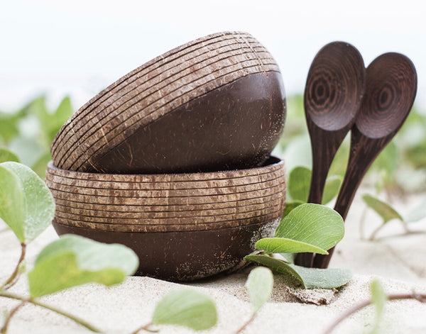 Straw coconut bowls 2 spoons