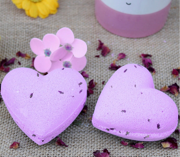 Love Heart Bath Bomb 70g - French Lavender