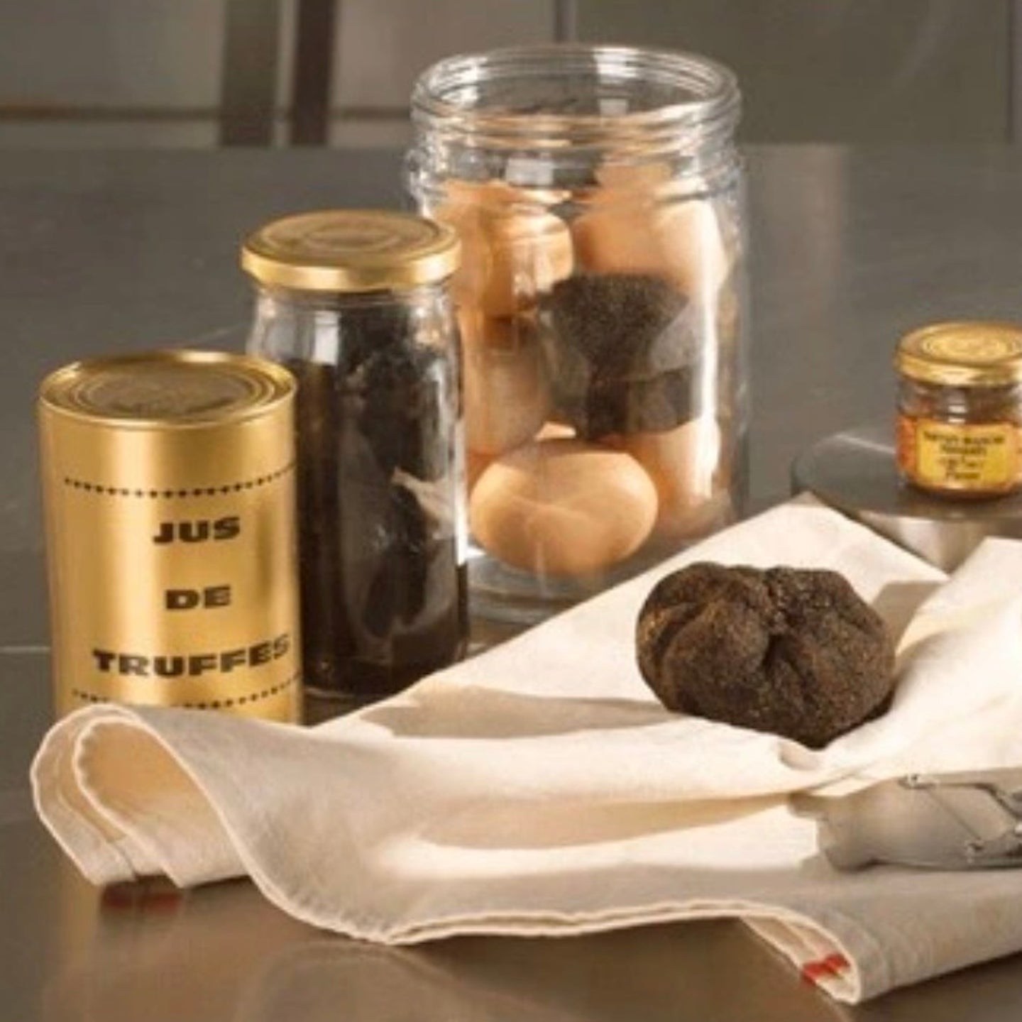 truffle-winter-juice-100-online-grocery-delivery-singapore-thenewgrocer