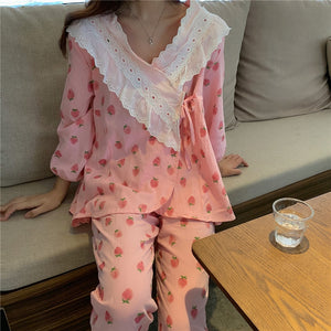 Cute Vintage Strawberry Print Ruffle Pajamas Two Piece Set