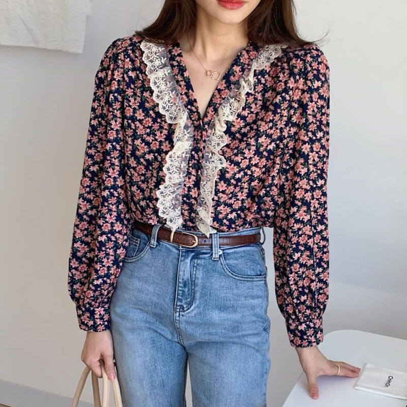 Sweet Floral Ruffle Lace Blouse