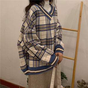 Vintage Long Sleeve Plaid Knit Sweater