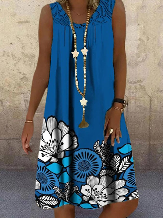 Blue V Neck Floral Sleeveless Lace Paneled Dresses