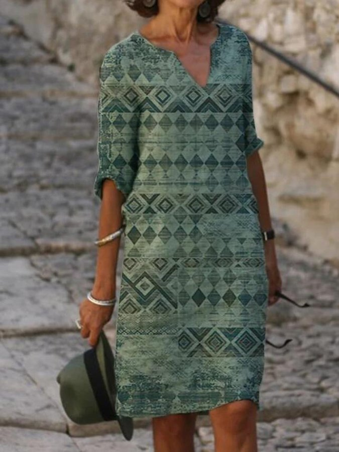 Green Geometric Shift Printed Casual Dresses