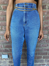 Load image into Gallery viewer, Vintage Dark Washed Highwaisted Denim Lee Mom Jean