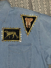 Load image into Gallery viewer, VINTAGE 90'S EMBELLISHED APPLIQUE CHAMBRAY SHIRT