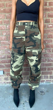 Load image into Gallery viewer, Vintage Ultra High Waist Camo Cargo Pant