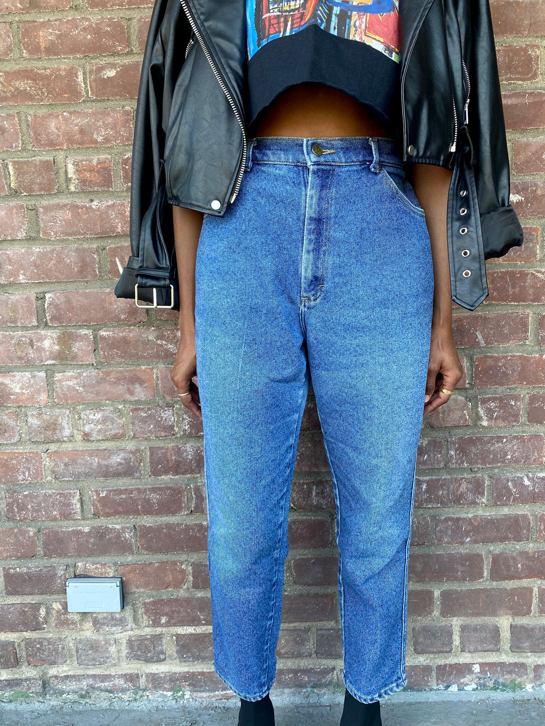 Vintage Dark Washed Highwaisted Denim Lee Mom Jean