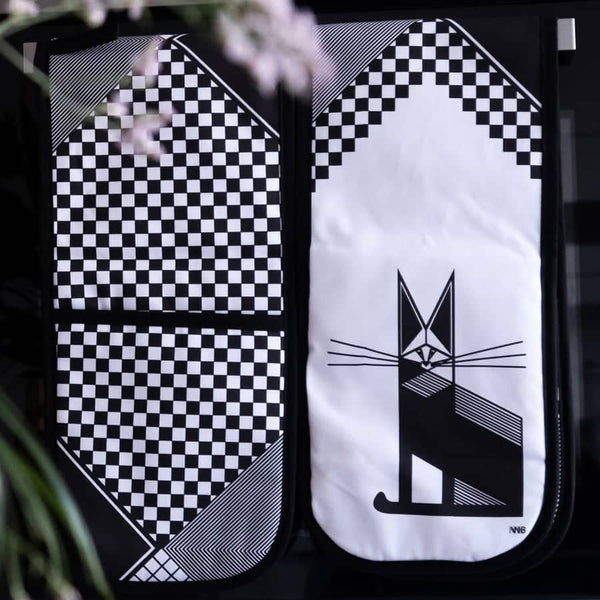 Whiskers Oven Gloves