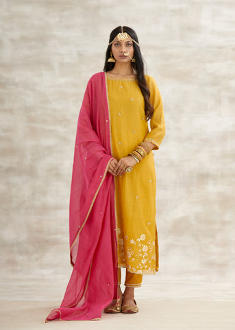 Mustard Chanderi Embroidered Kurta With Pants & Fuchsia Dupatta