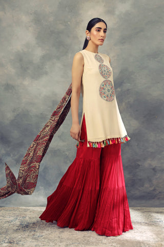 Ivory Top With Thread Work Ambi Circles & Sharara