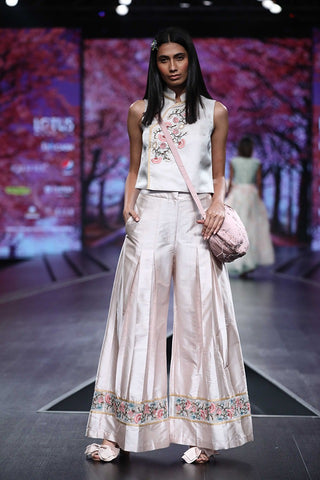 Pearl Pink Pleated Pants with Embroidery