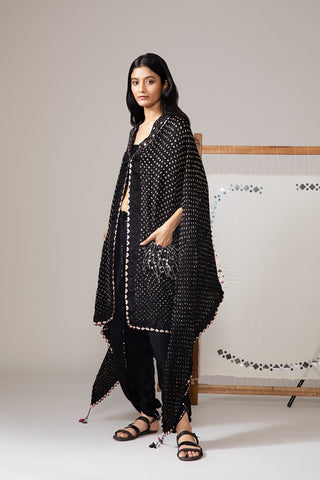 Black Bandhani Tux Collar Cape With Pockets