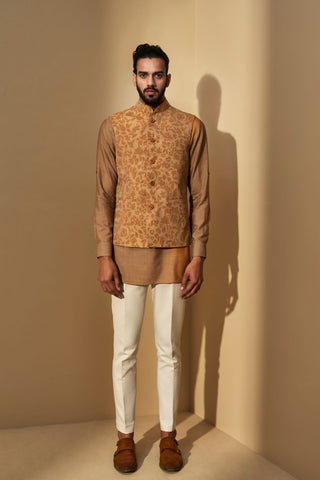 Sahara Sun Thread Embroidered Jacket With Double Shaded Short Kurta