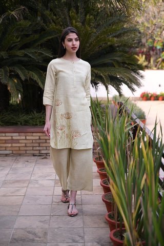 Pista Green Straight Tunic With Floral hand Embroidery