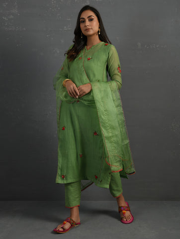 Green Cotton Straight Kurta With All Over Floral Embroidery Paired With Cotton Pants, Slip & Dupatta