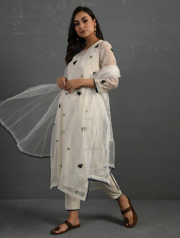 Ivory & Indigo Straight Cotton Kurta With All Over Floral Embroidery Paired With Pants, Slip & Dupatta