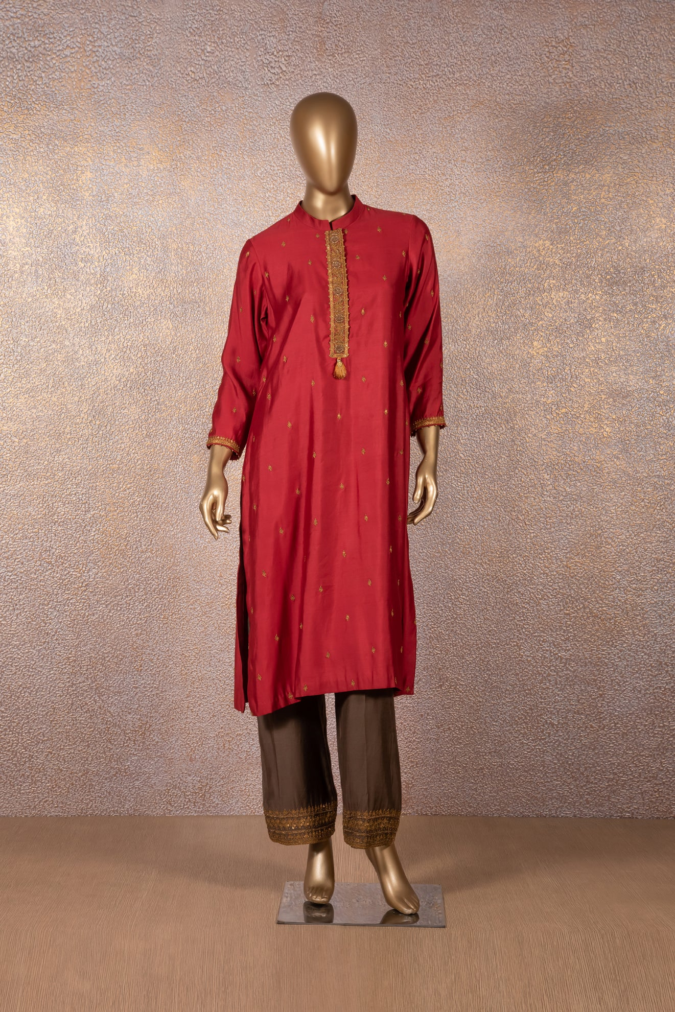 Cherry Red Embroidered Kurta with Rich Cocoa Ijar