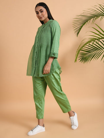 Green Cotton Silk Pants With Side Pockets & Elasticated Waist Band