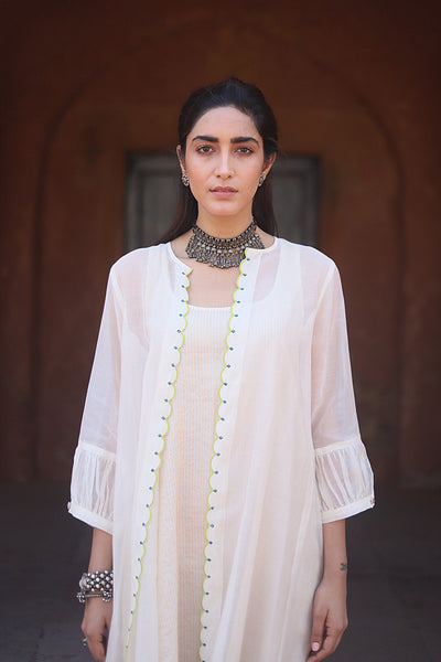 Off White Tissue Chanderi Sleeveless Kurta With Floral Applique Embroidered Jacket